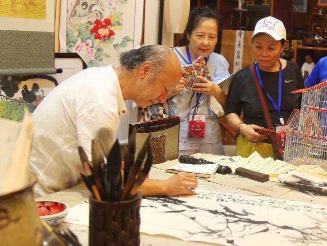 骄傲!14国21家海外华文媒体聚焦长寿